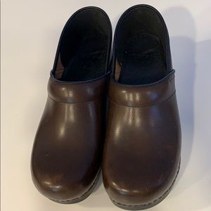 Dansko Brown Oil Clog size 10